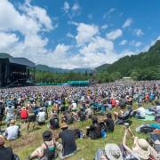 約50,000人収容できる、フジロックで一番大きいグリーンステージ。