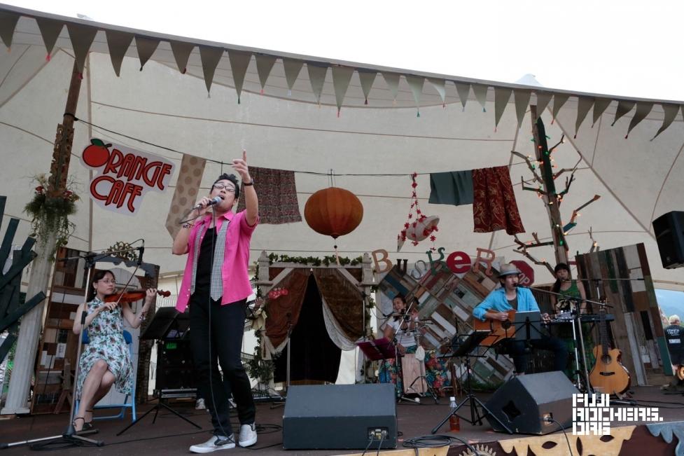 桑田研究会バンド | FUJI ROCK FESTIVAL'16 | Photo by 古川喜隆