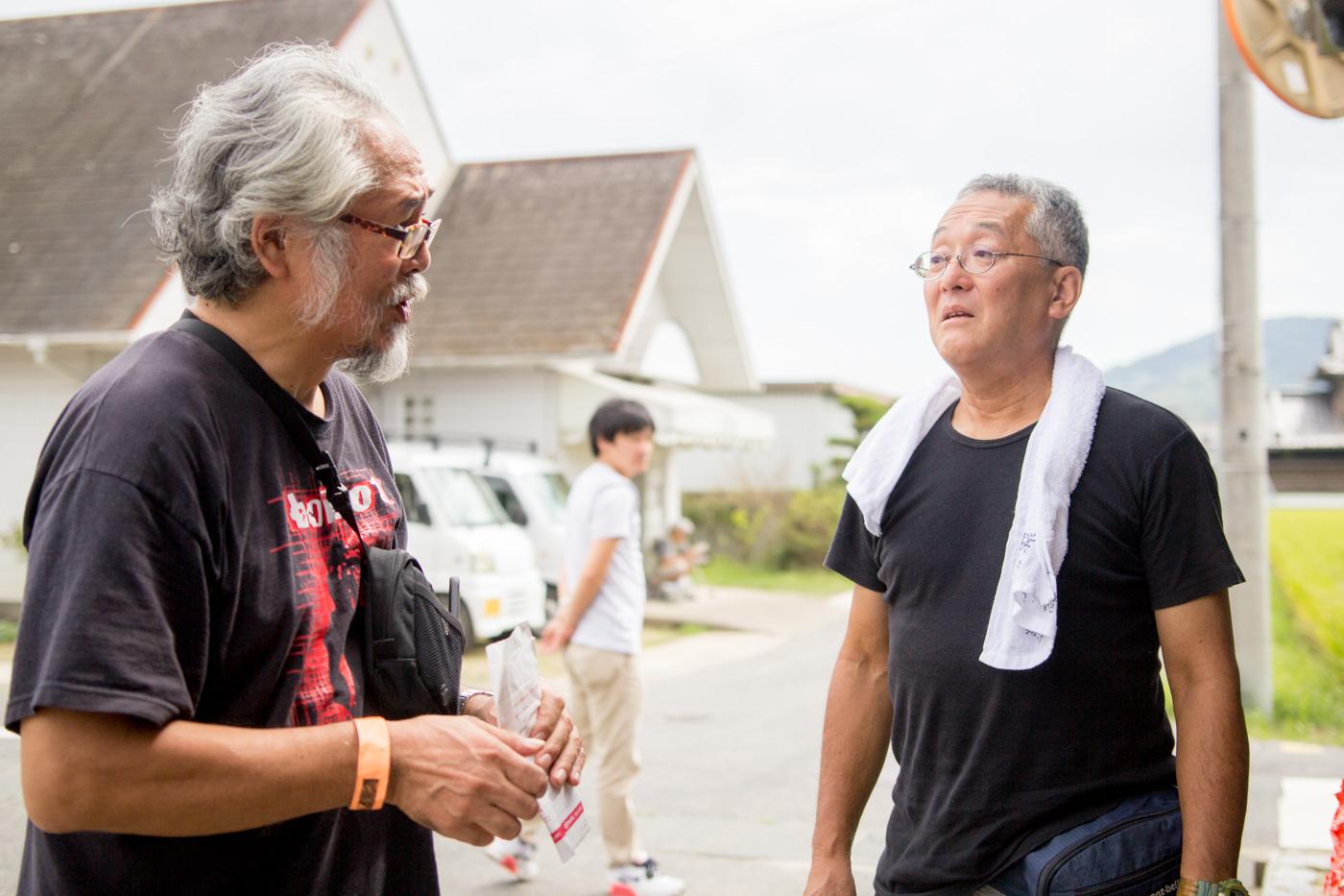 (写真右)多田伸志さん