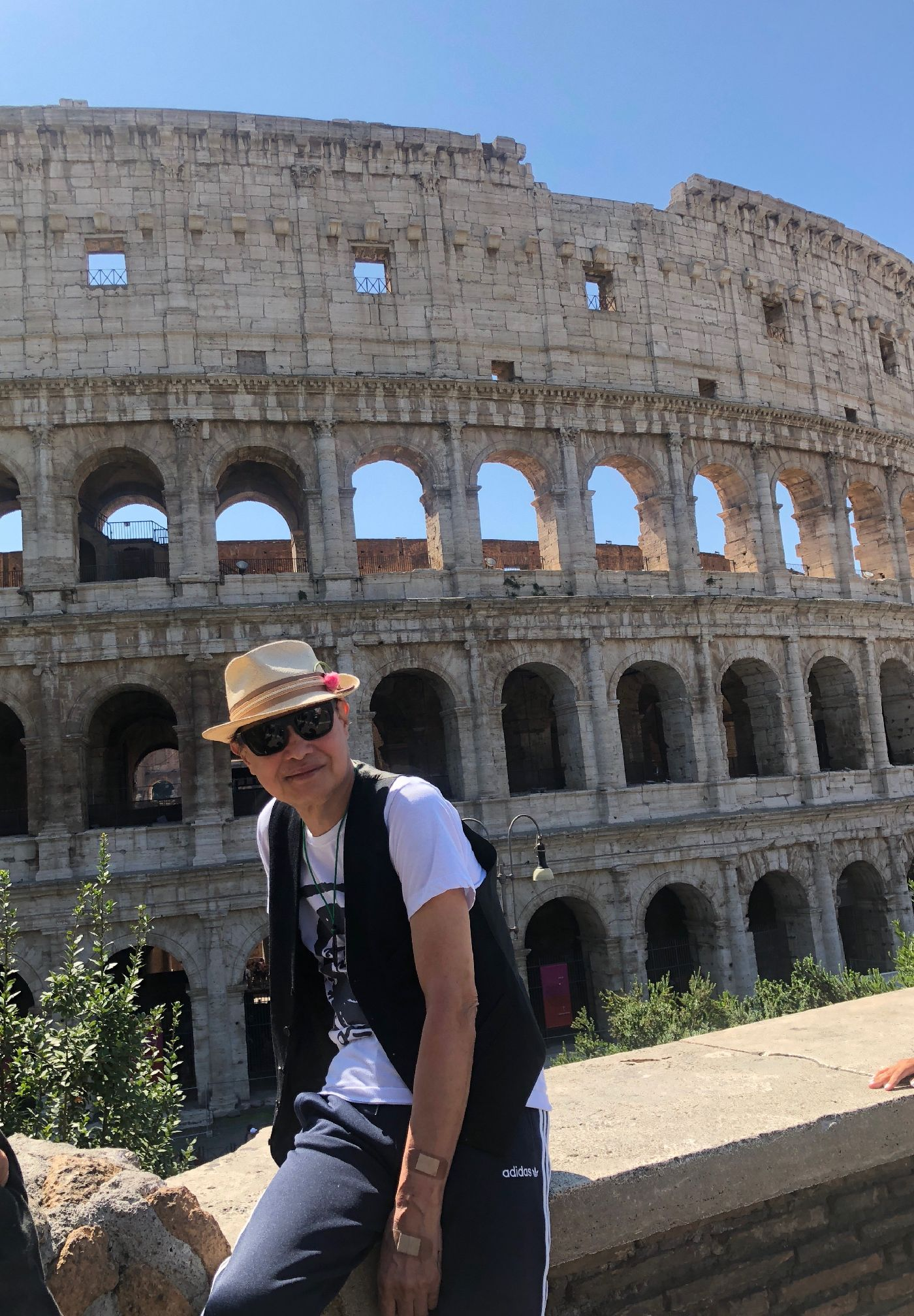 コロッセオ前にて