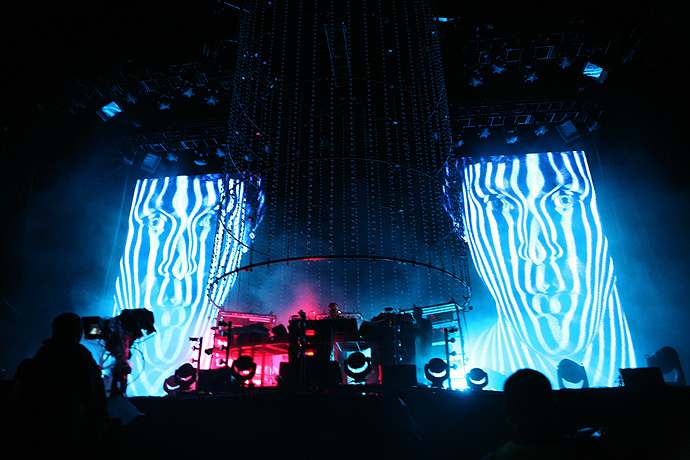 THE CHEMICAL BROTHERS | Fuji Rock Festival '11 | Photo By 前田博史