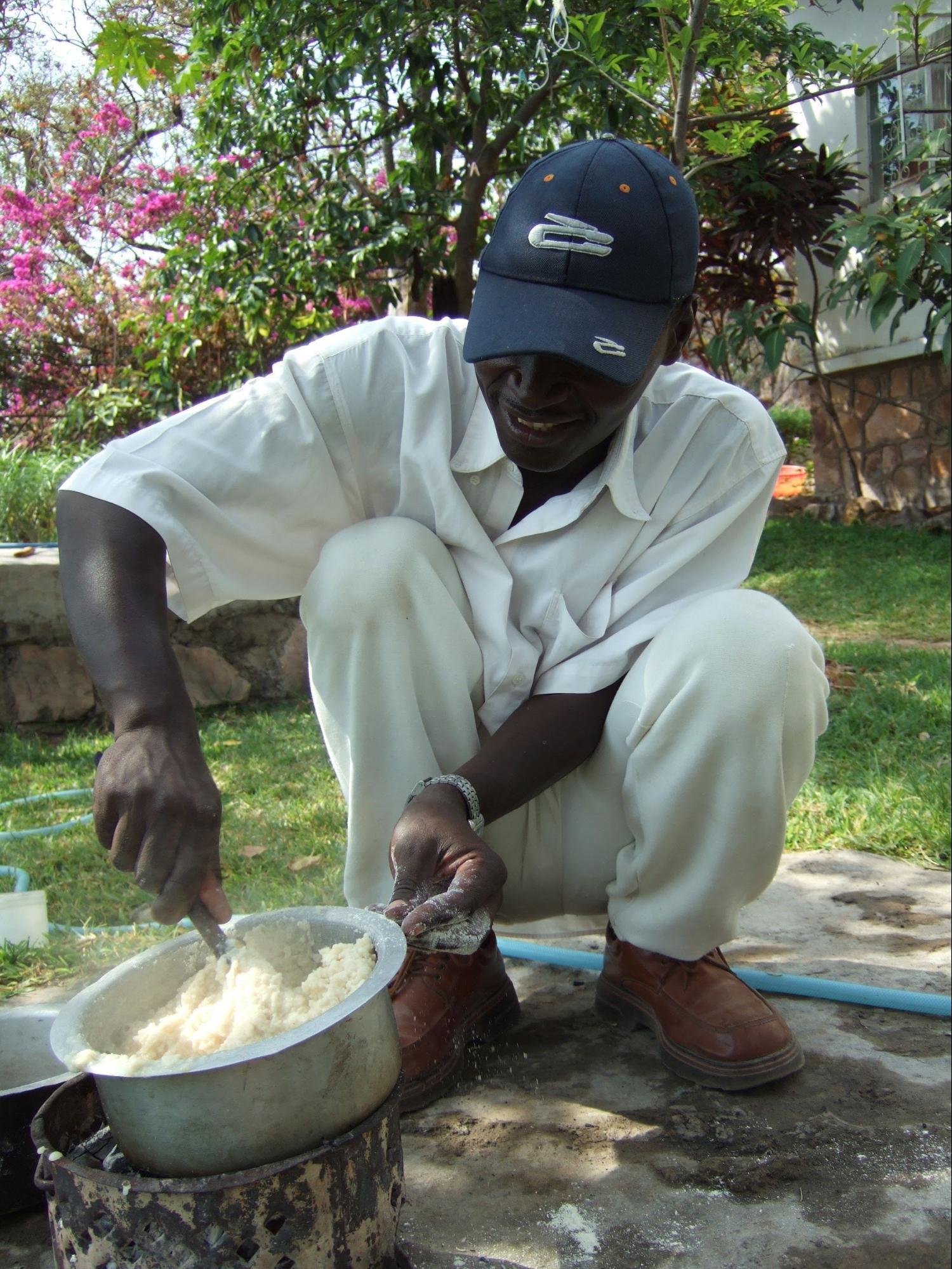 シマは現地人の大切な主食